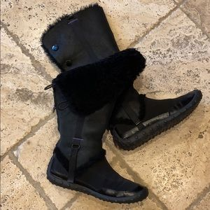 Nike Lab g series shearling winter boots not worn